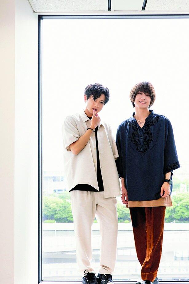 沢田綱吉役の竹中凌平さん(右)と、獄寺隼人役の原嶋元久さん(左)
